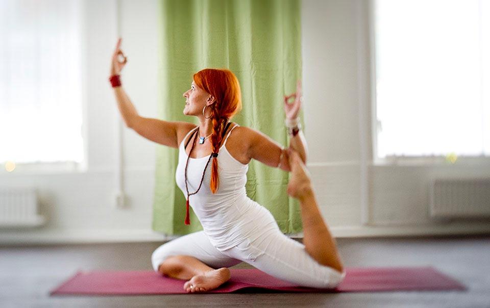 Sandy van Langenberg, massör och yoga instruktör.