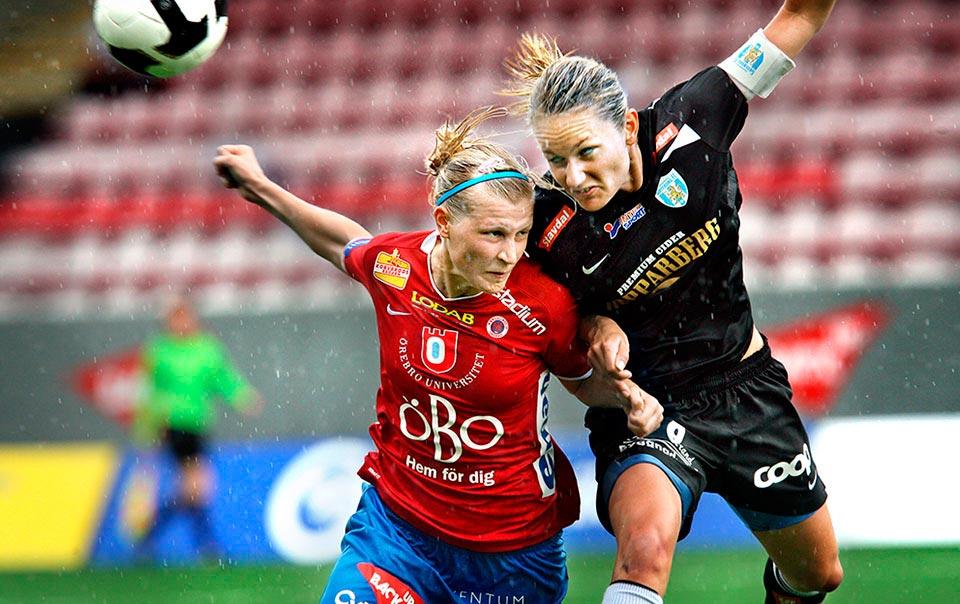 Kif Örebro möter Kopparbergs/Göteborg. Sanna Talonen i duell med Stina Segerström.